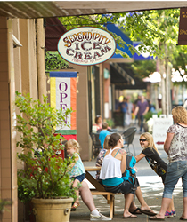 Things to do with kids. Family Friendly things to do in McMinnville, Oregon